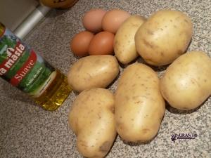 Ingredients: 3/4 medium potatoes, 4 egss, 1litre olive oil, salt