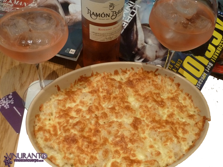 Rosé Ramon Bilbao with garlic rice au gratin