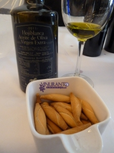 Olive Oil. D.O. Hojiblanca. Ronda (Málaga)