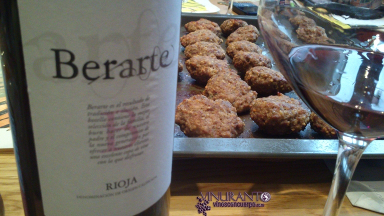 "Berarte Wine with classic ""filetes rusos"" (Russian fillets)"