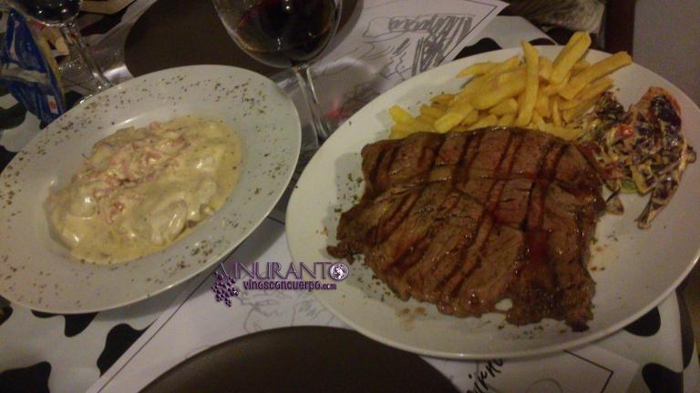 Steak and Carbonara sorrentino (pasta)