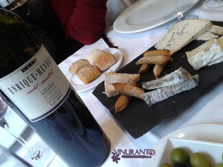 Enrique Mendoza Merlot-Monastrell 2010 with Cheese selection. Torreblanca Restaurant (Gudarrama, Madrid-Spain)